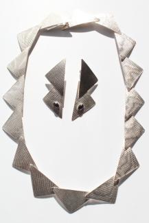 045-a