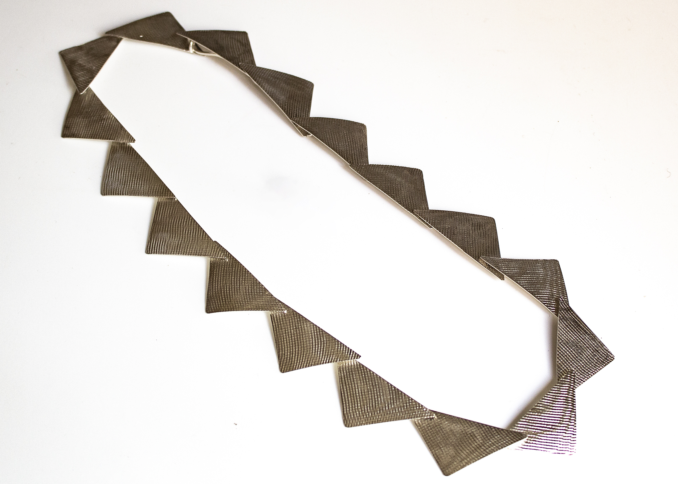 necklace triangles 17 1