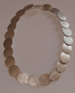 necklace_oval