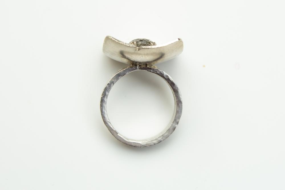 ring balck rutilated 4