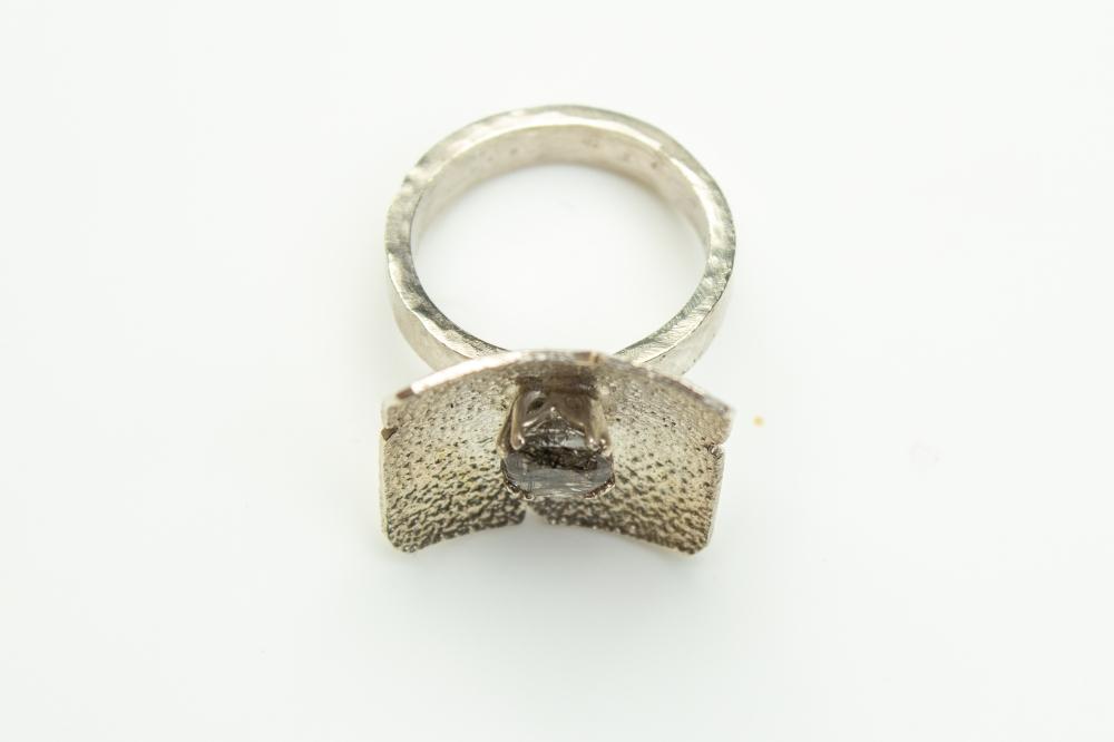 ring balck rutilated 5