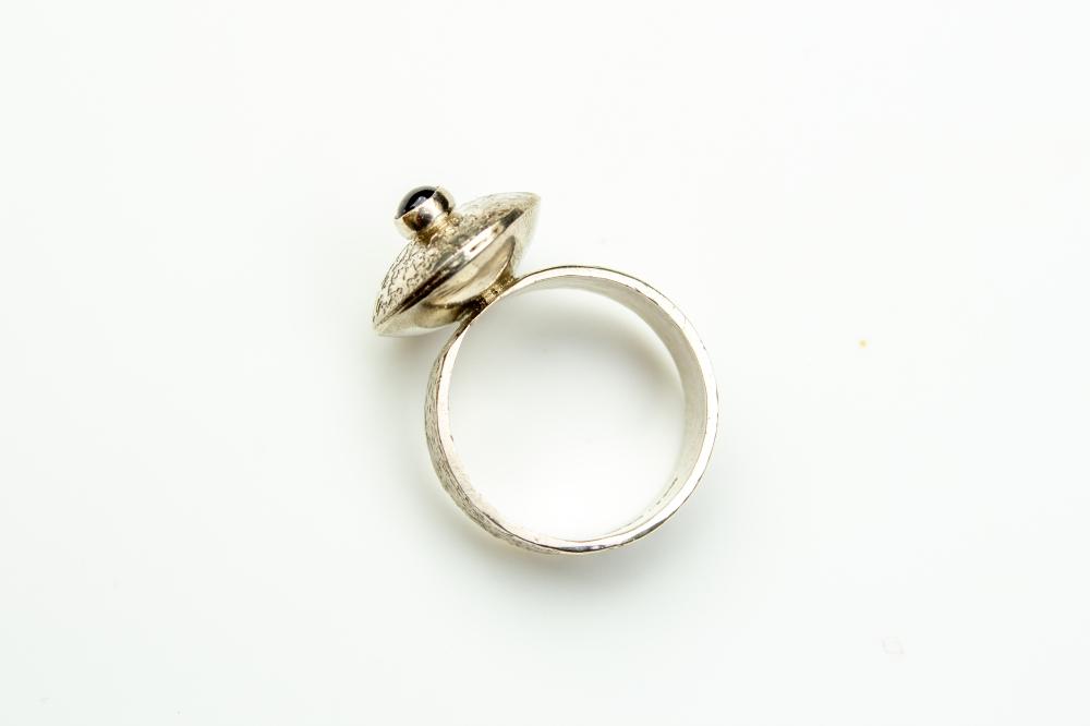 ring flying saucer iolite 7
