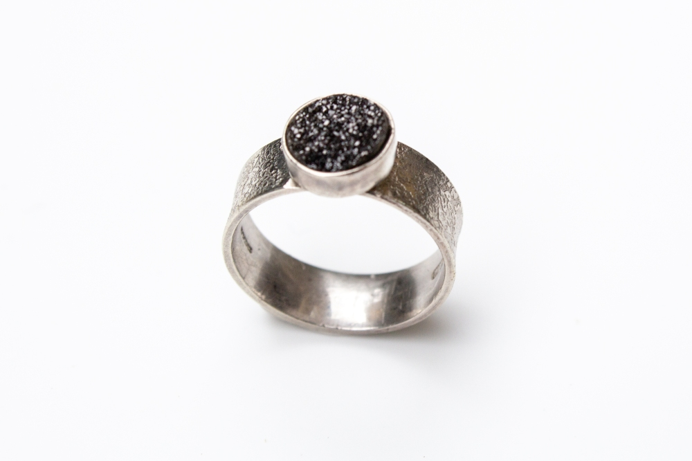 ring small black druzy round 2