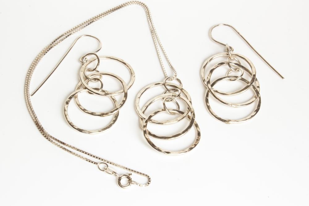 set dancing hoops 3