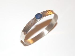 bangle oval lapis lazuli.jpg