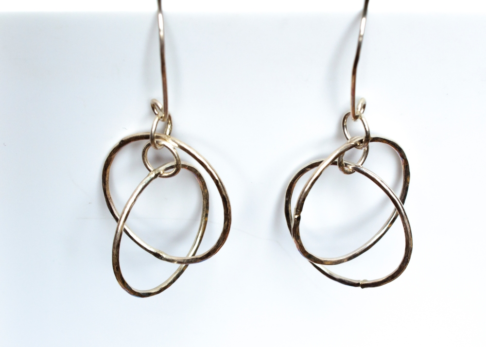 earrings dancing hoops 2