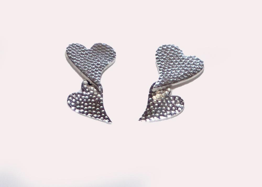 earrings hearts big 2