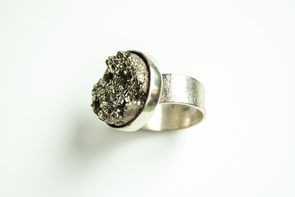 ring pyrite 4