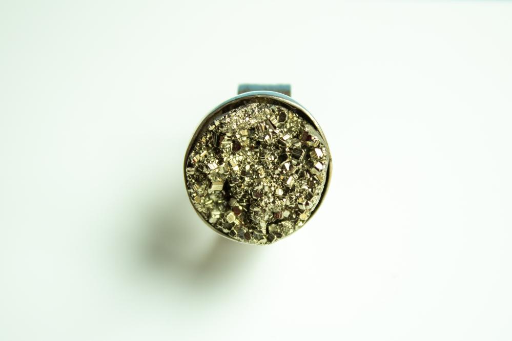 ring pyrite 9