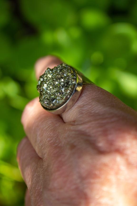 ring pyrite worn 1
