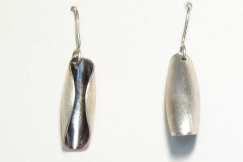 earring asymmetric