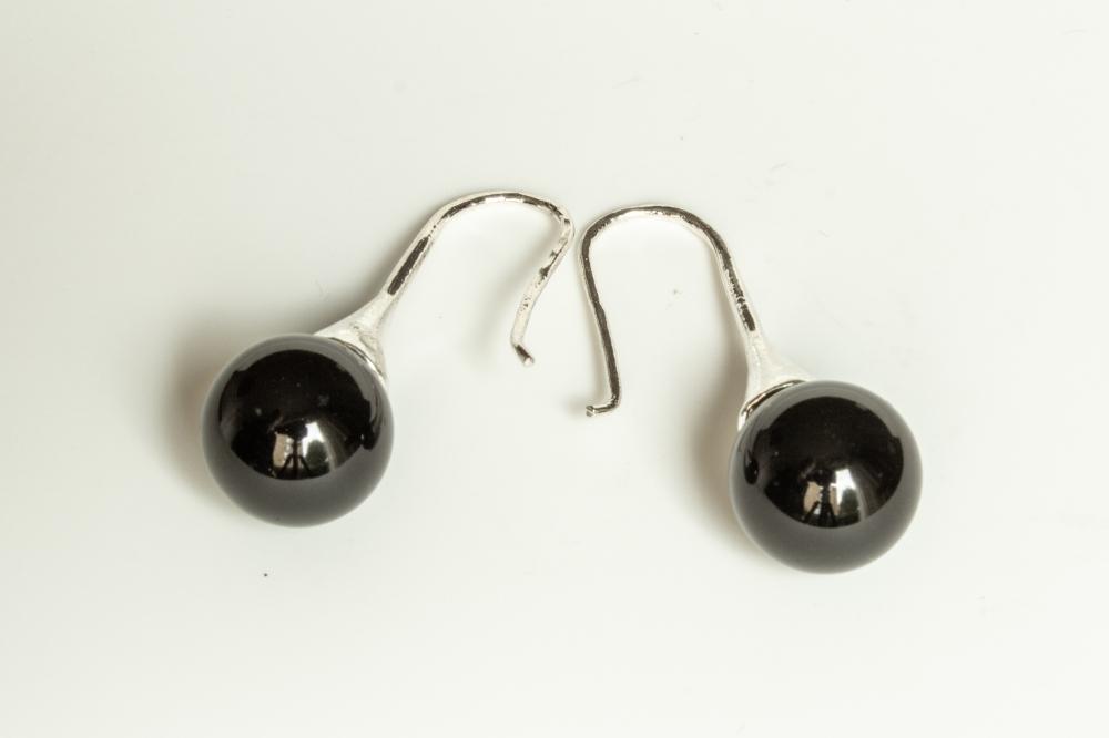 earrings black sphere 3