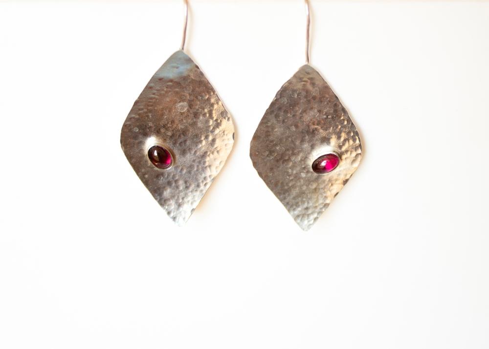 earrings drop hammered RG