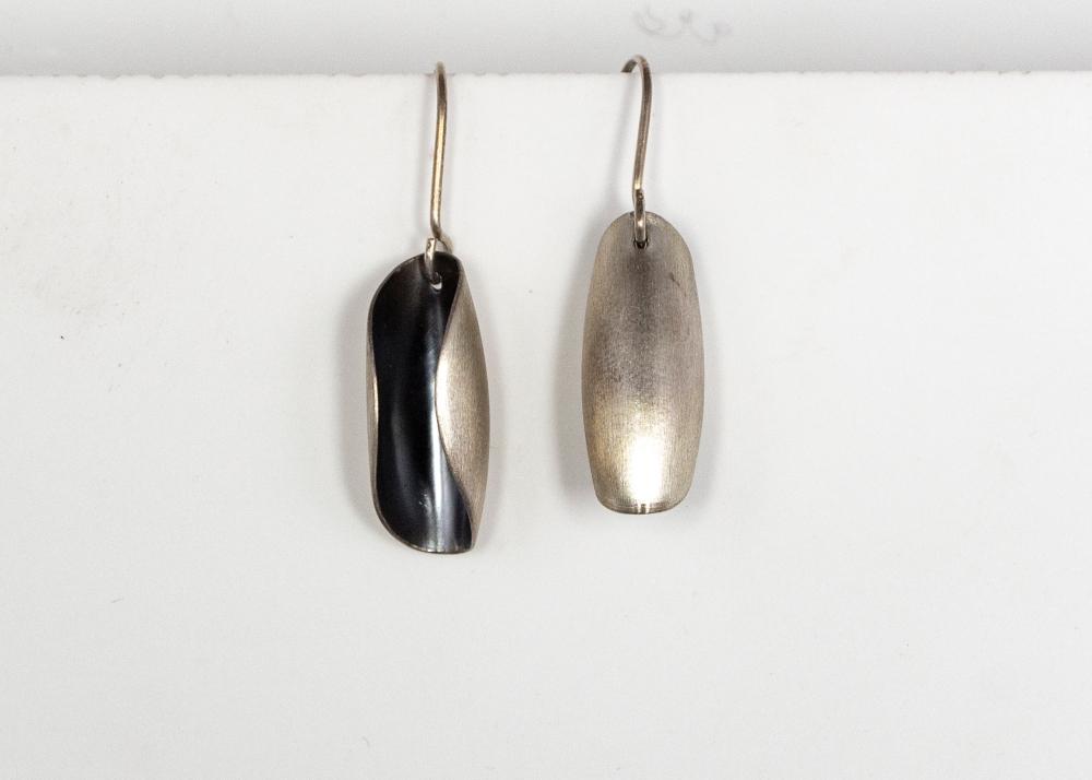 earrings drop pods asymmetric