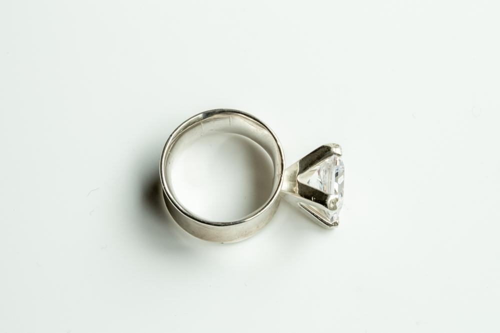 ring CZ big 5