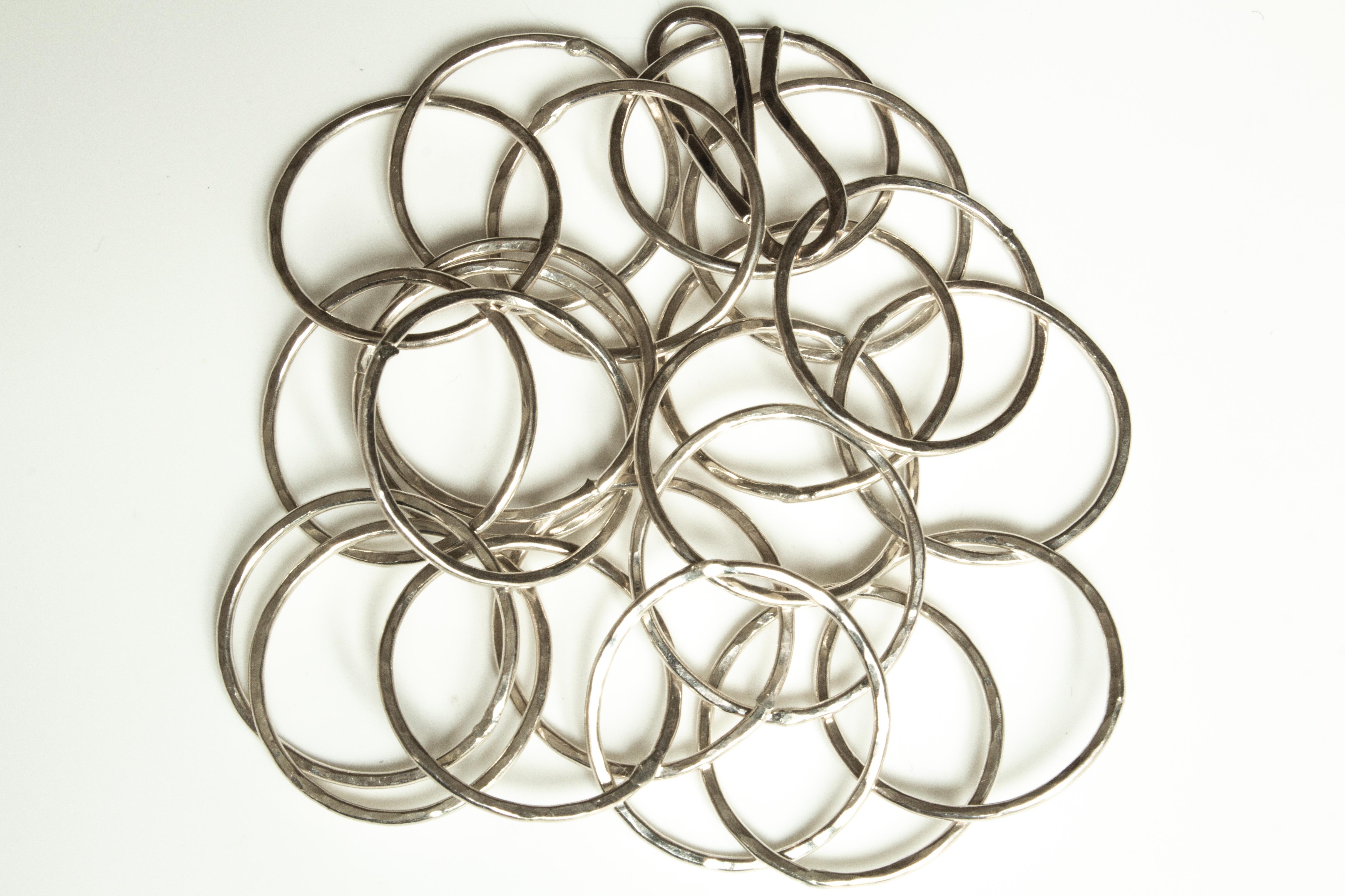 chain round big mess