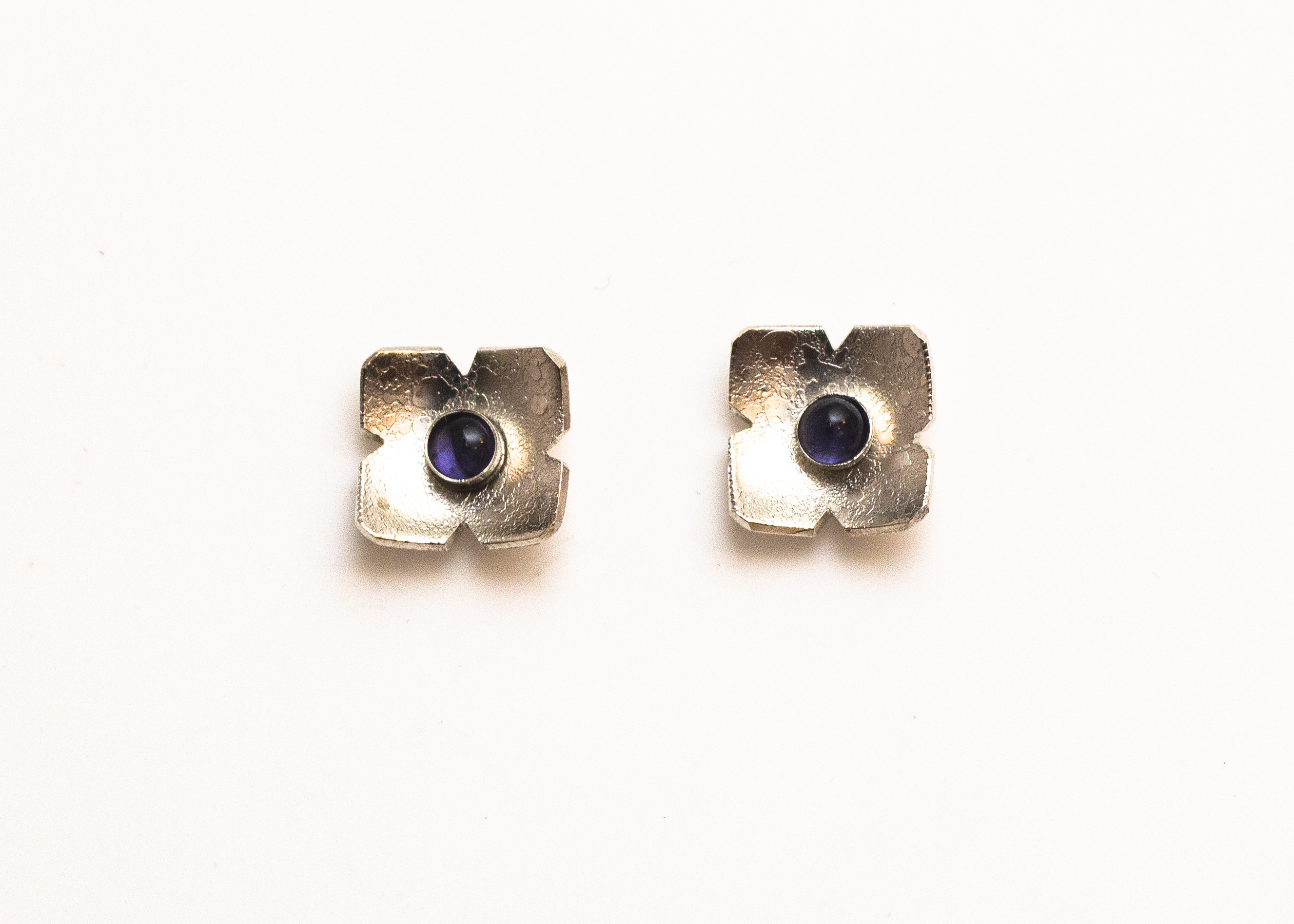 earrings flower iolite 4