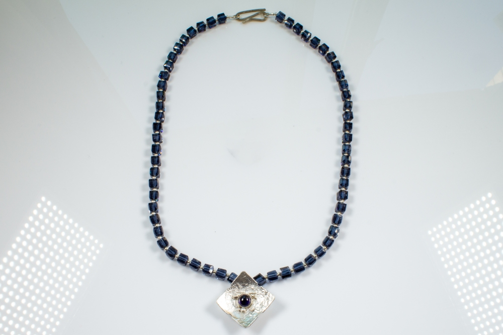 necklace crystals blue
