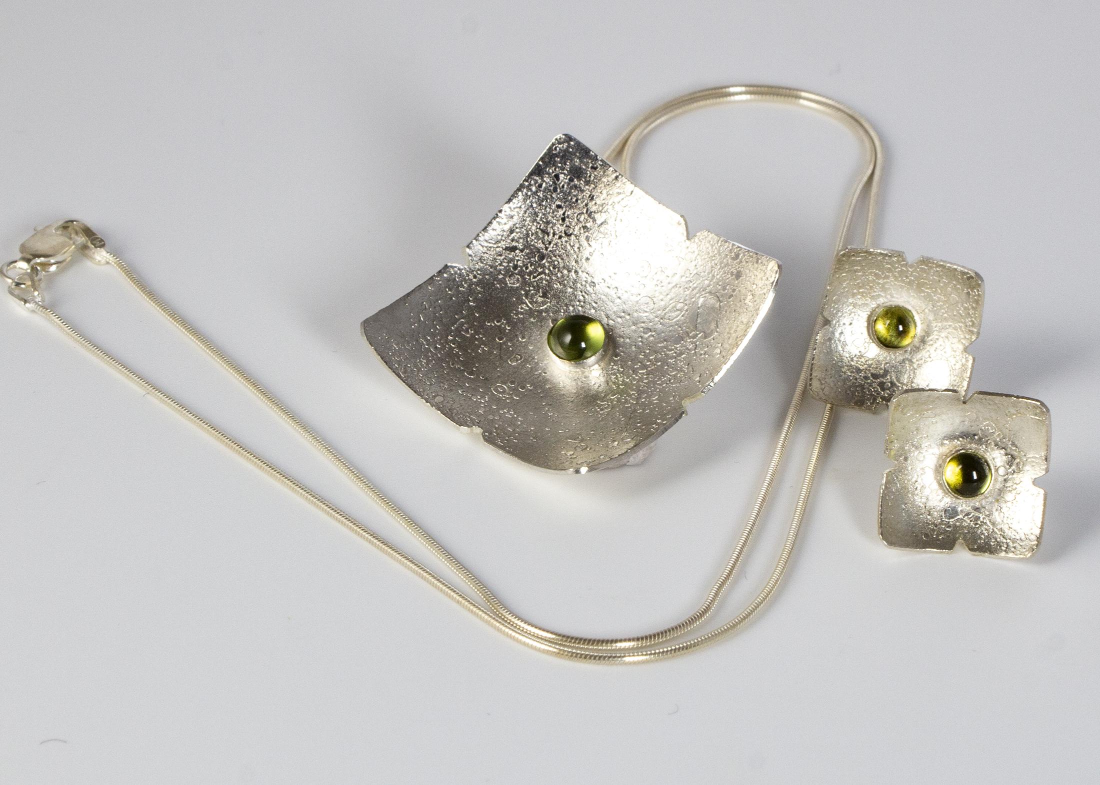 set pendant + earrings square moonscape peridot 3