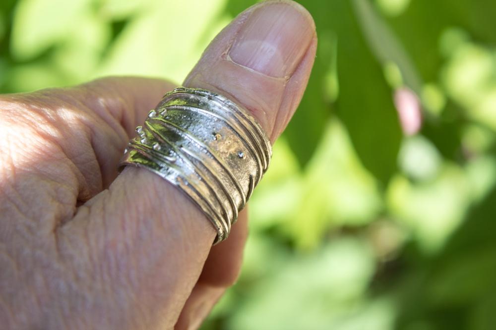 ring free form 3 worn