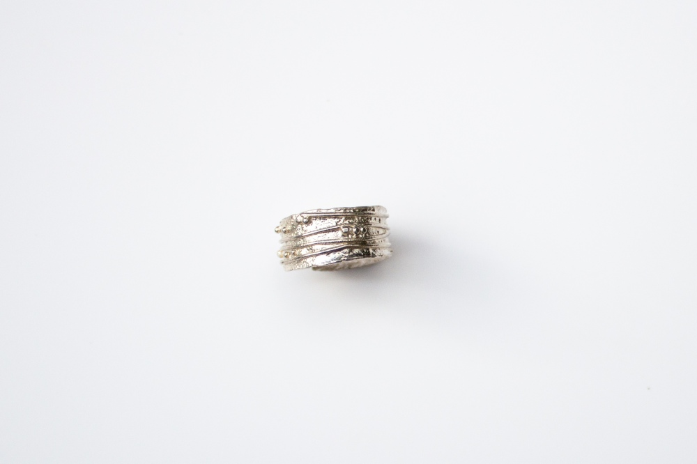 ring free form small 2 2