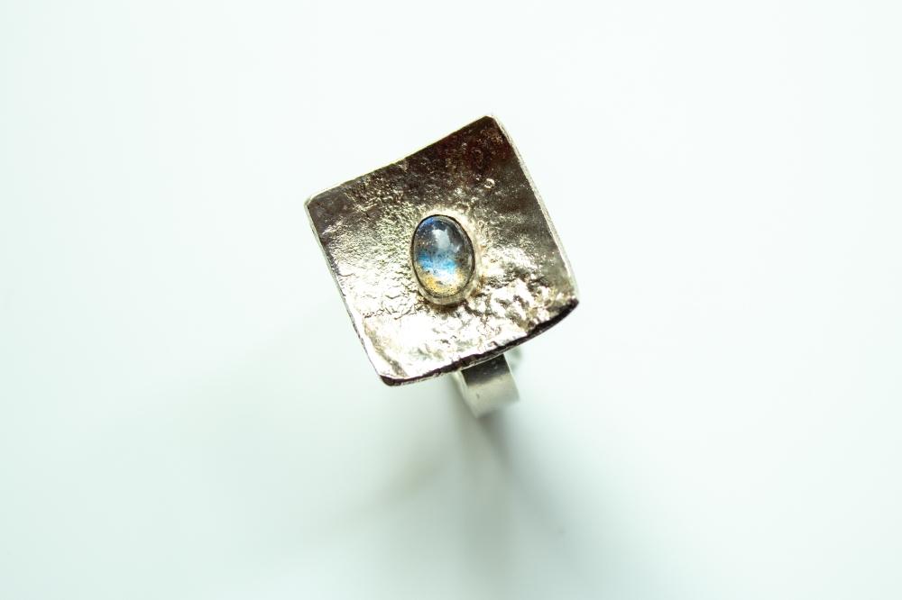 ring liquid silver labradorite 2