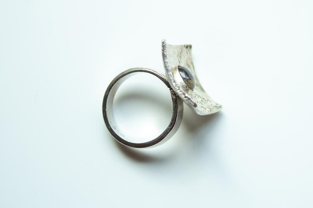 ring liquid silver labradorite 3