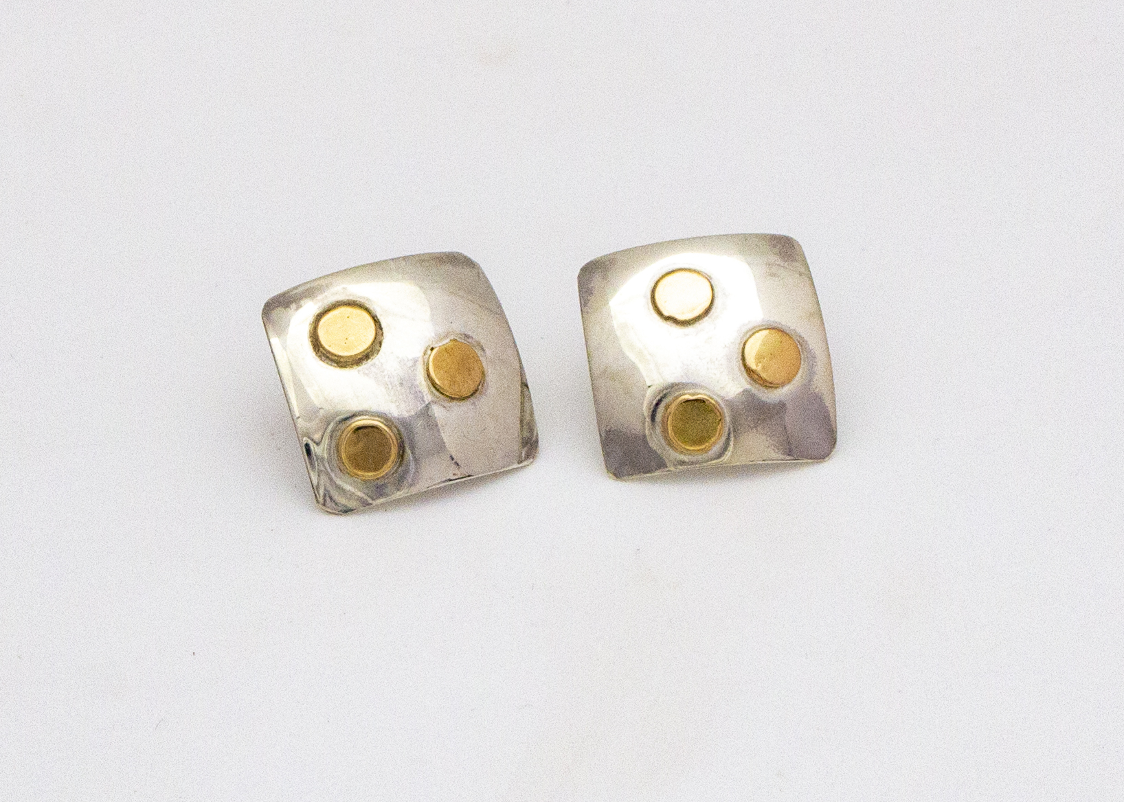 earrings-square-gold-dots-4